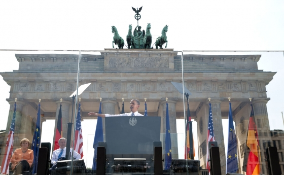 President Barack Obama delivers remarks at the Brandenburg Gate in Berlin