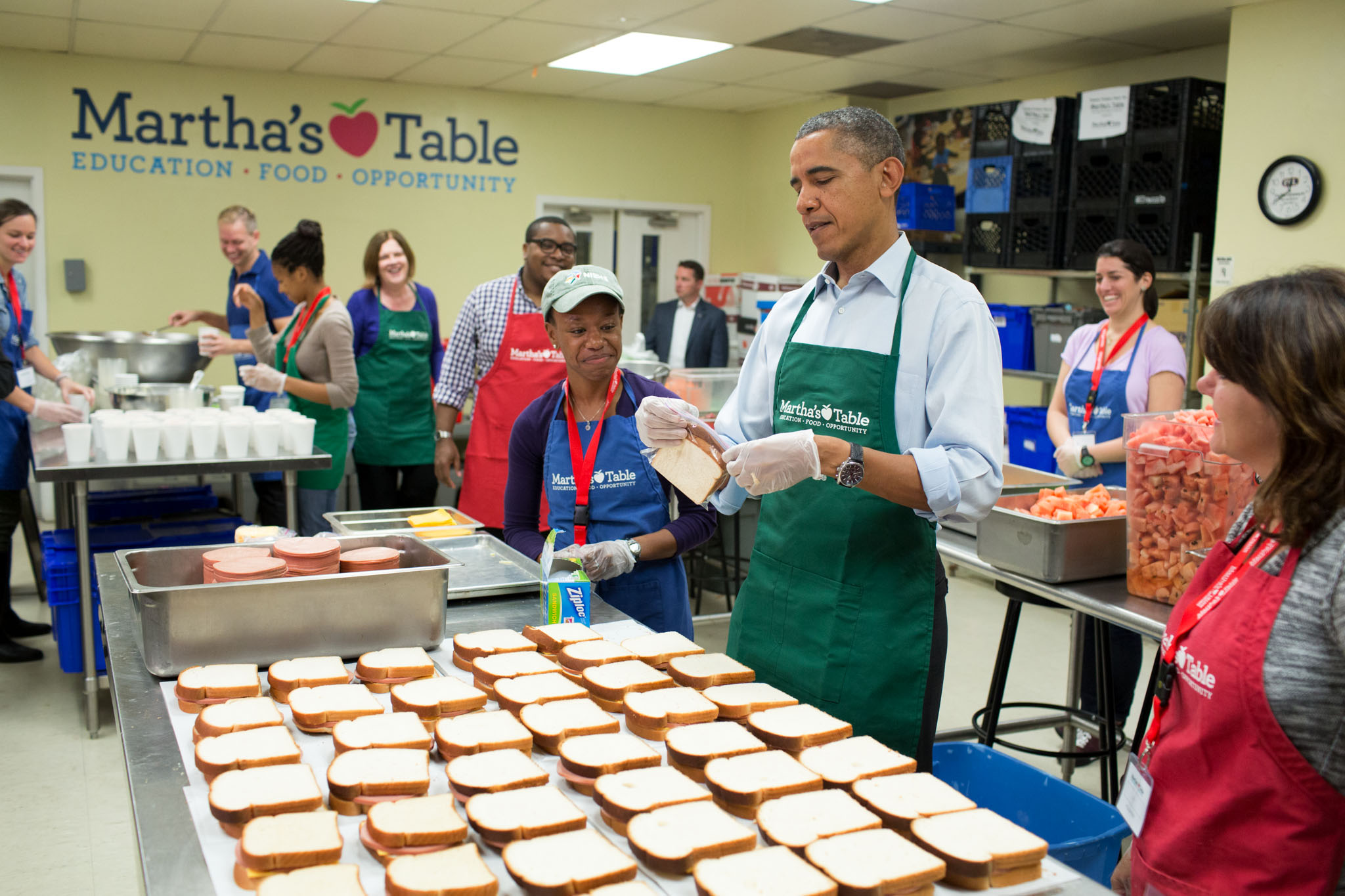President Obama making sandwiches at Martha's Table