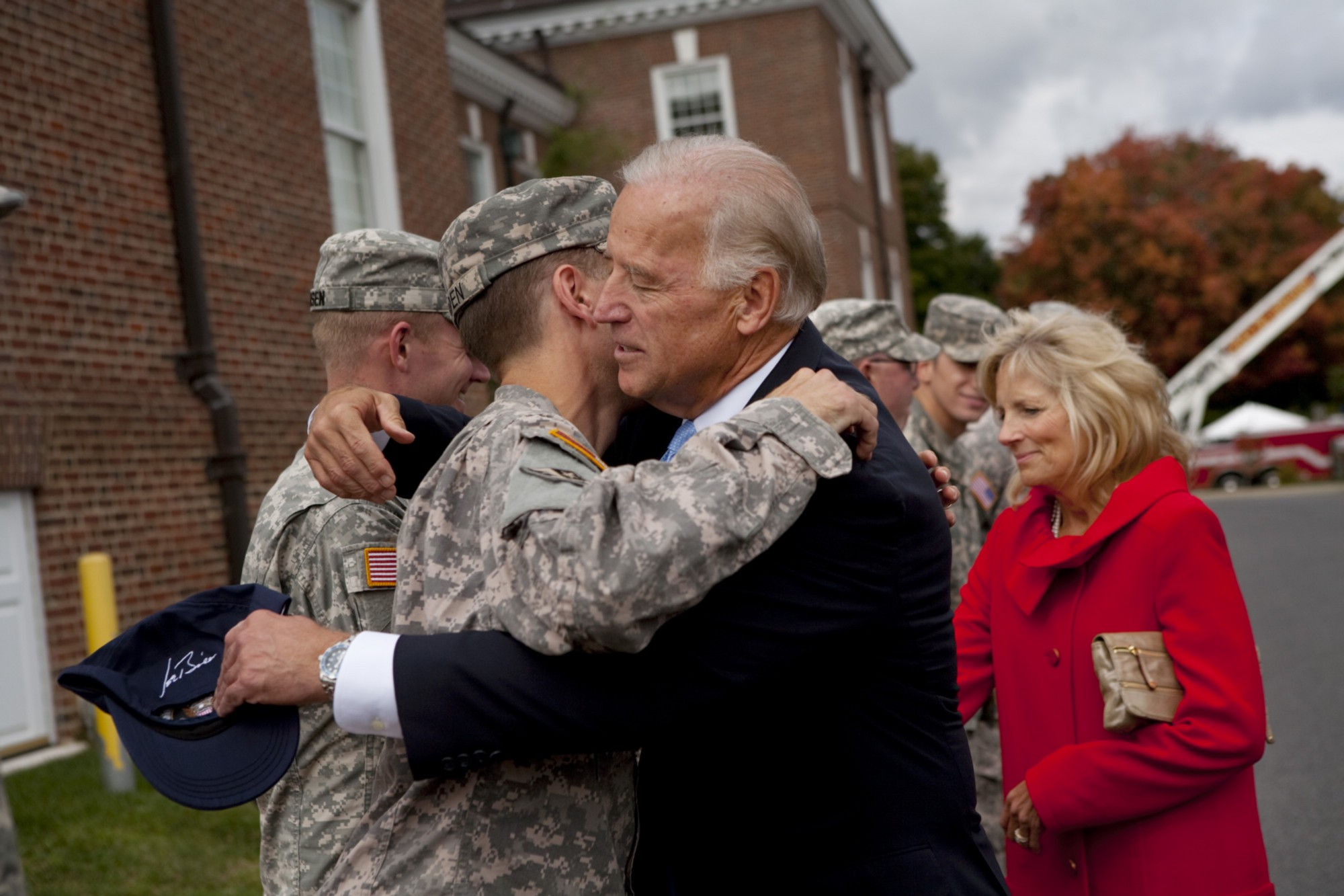 Vice President Joe Biden hugs Beau Biden at his homecoming