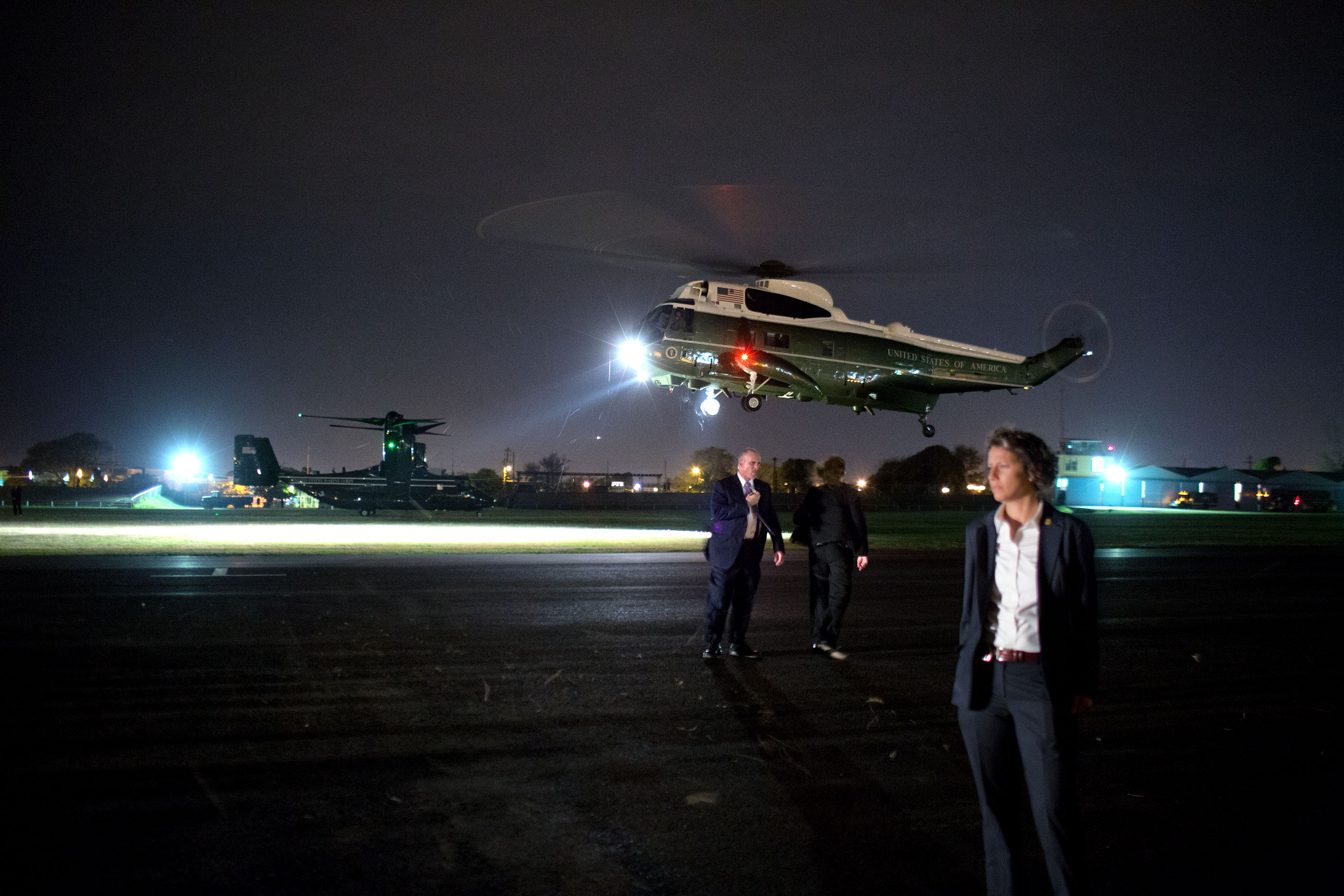 Marine One arrives at the Park Camp landing zone. (Official White House Photo by Pete Souza)