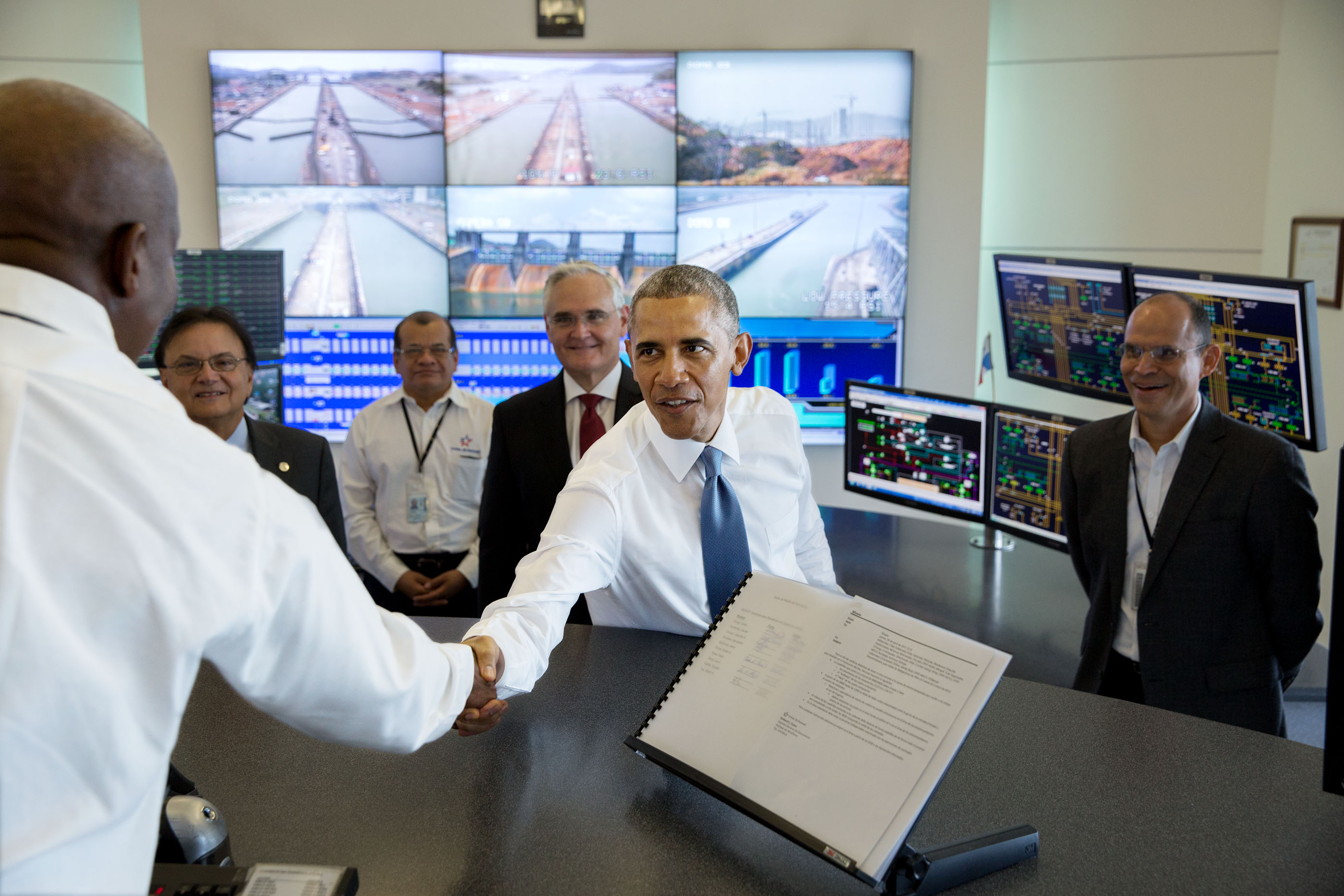 President Obama greets workers in the control tower at the Miraflores Locks in Ancon. (Official White House Photo by Pete Souza)