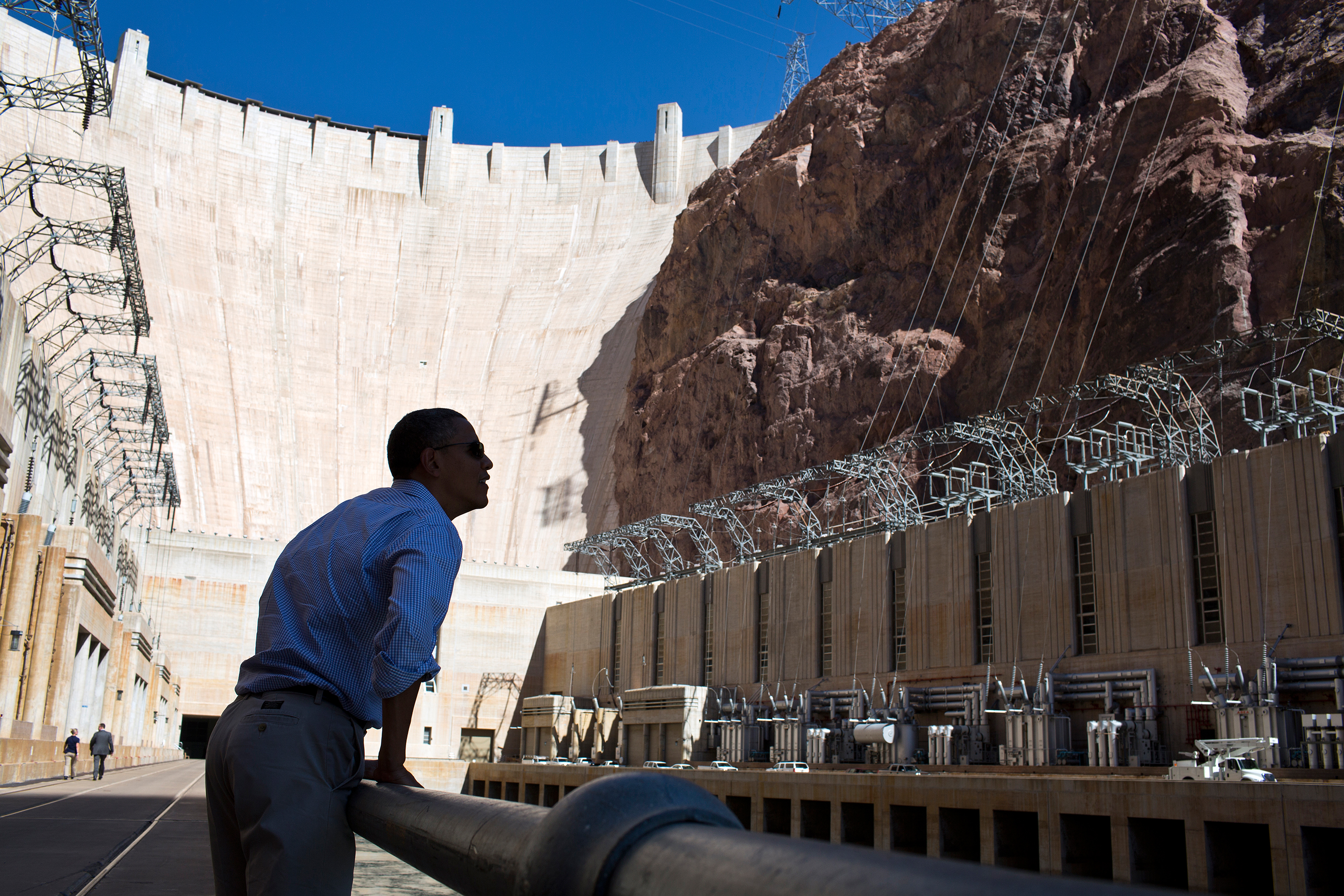 Nevada, Oct. 2, 2012. Viewing the Hoover Dam. (Official White House Photo by Pete Souza)