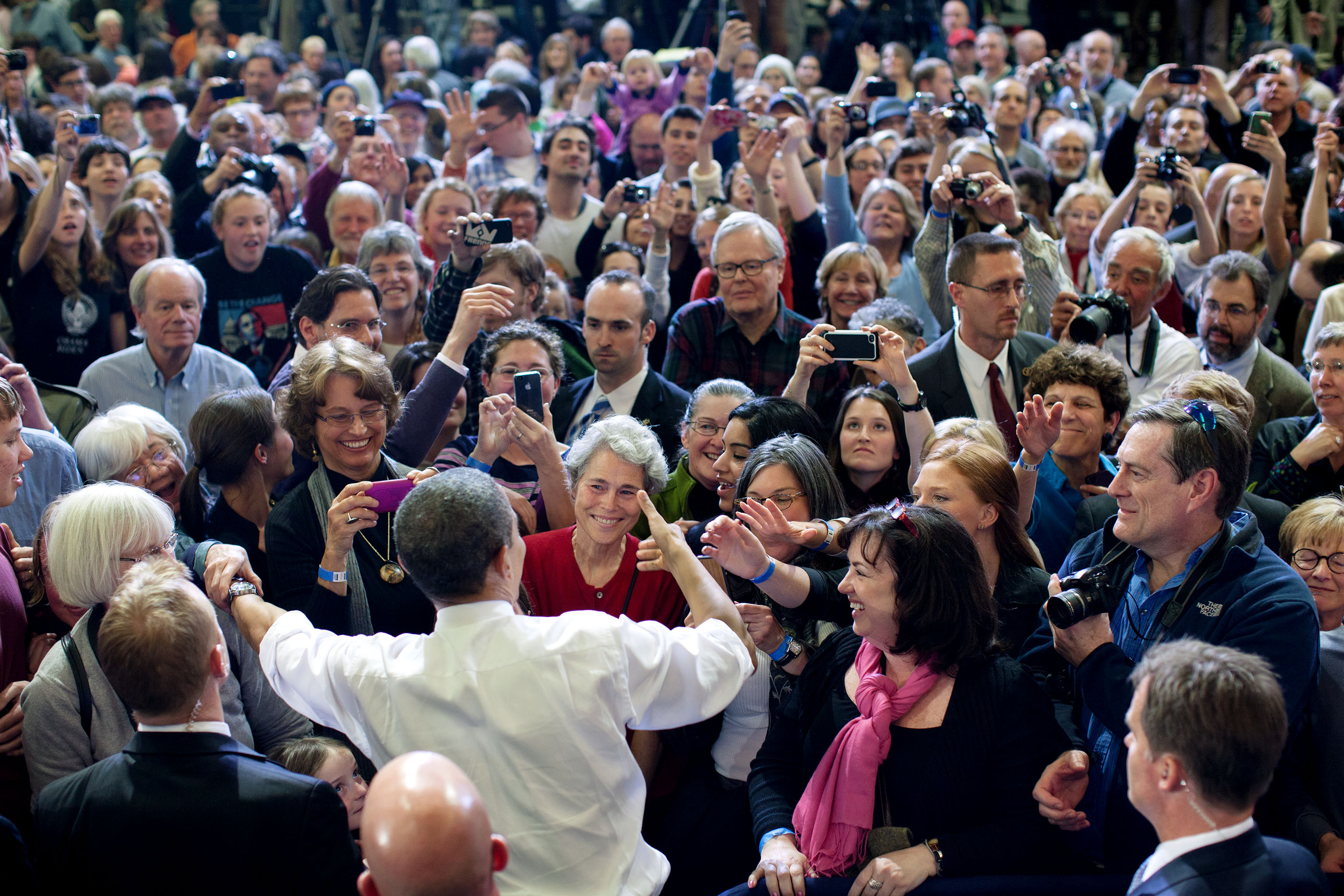 Vermont, March 30, 2012. Greeting the crowd in Burlington. (Official White House Photo by Pete Souza)