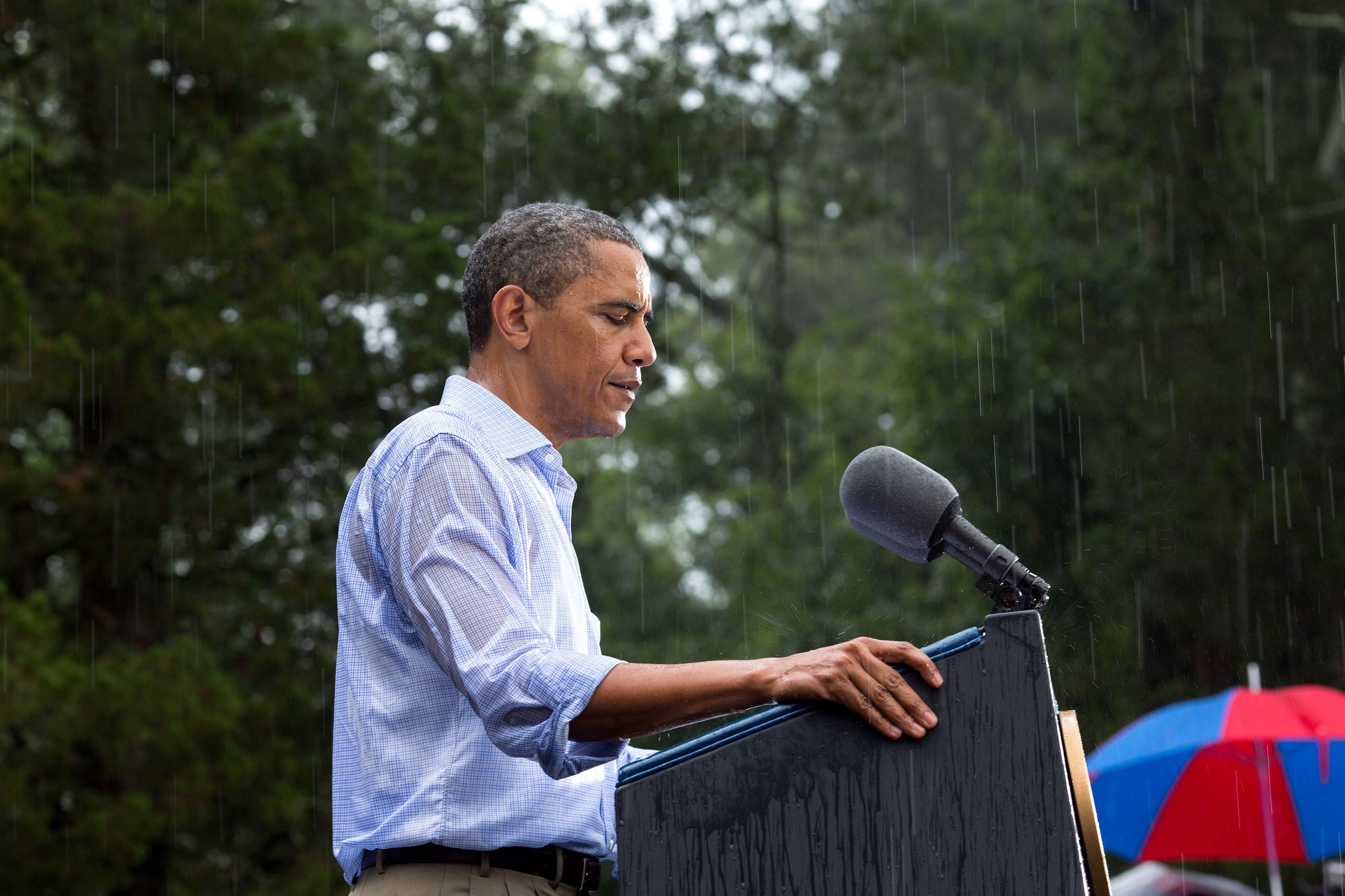 Virginia, July 14, 2012. Speaking during a rainstorm in Glen Allen. (Official White House Photo by Pete Souza)