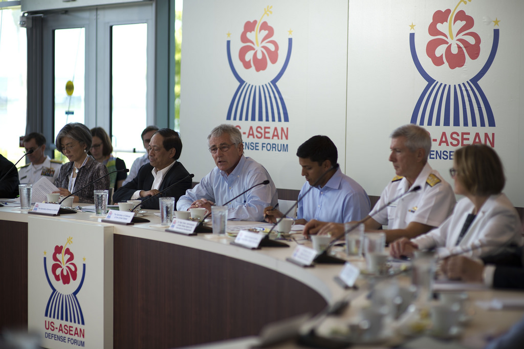 Secretary of Defense Chuck Hagel hosts a roundtable meeting with defense ministers from the Association of South East Asian Nations in Honolulu, Hawaii, April 2, 2014.
