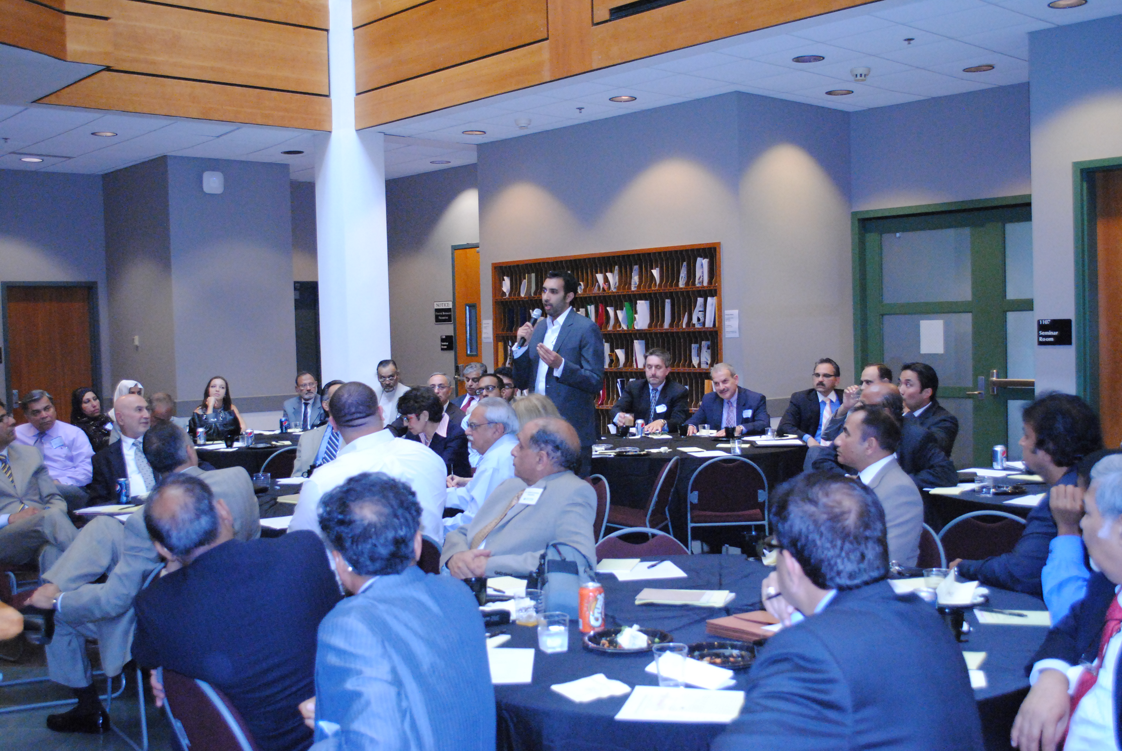Muslim-American and Arab-American Roundtable on the Economy 1