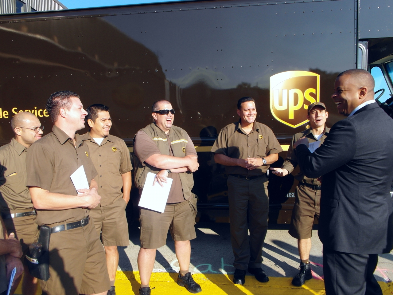 Ups Package Delivery Driver Pay >> Delivering The Goods A Labor Of Love For Ups Driver Jay