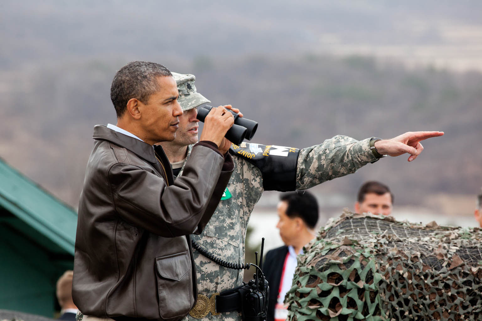 President Obama views the DMZ (March 25, 2012)