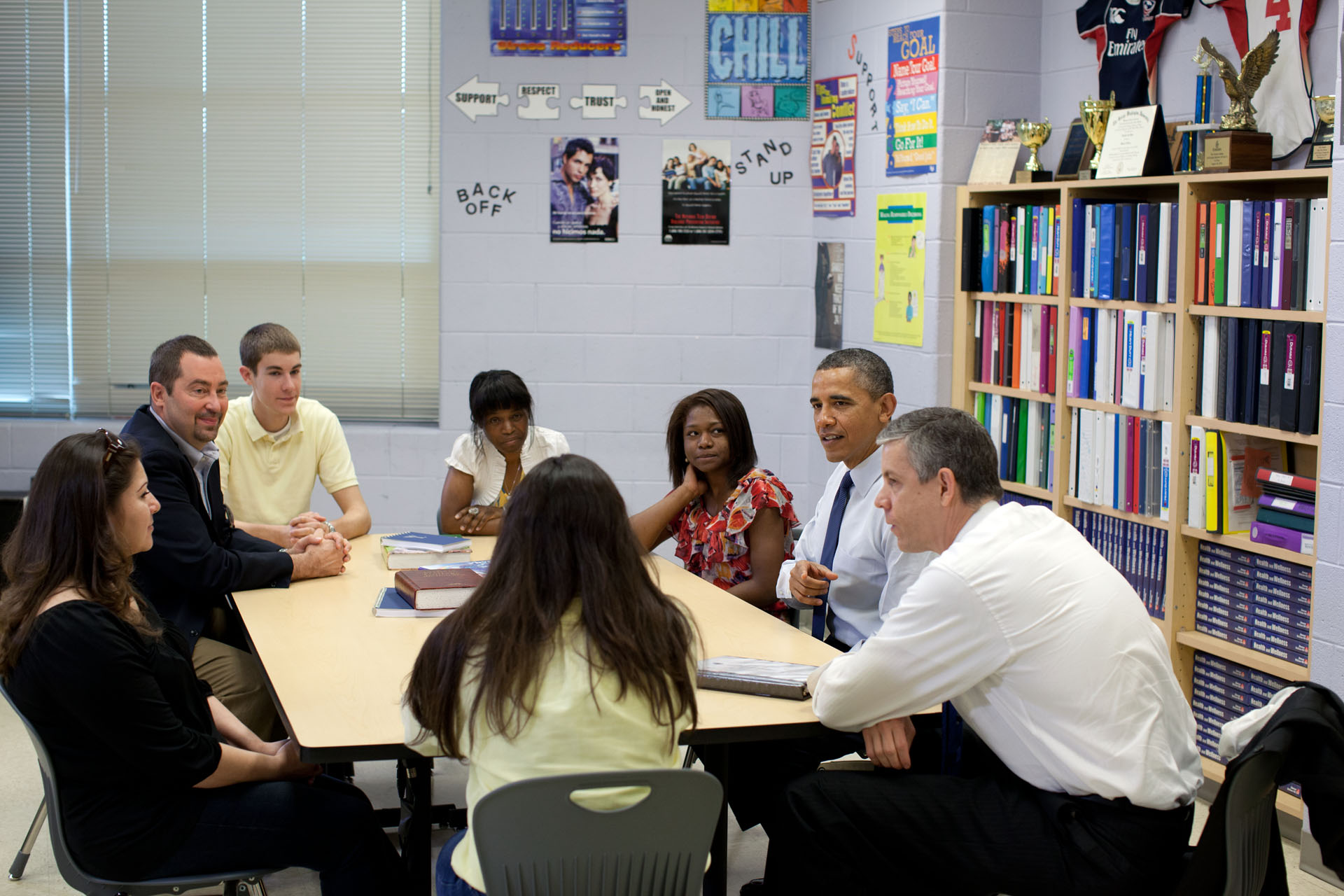 President Barack Obama and Education Secretary Arne Duncan talk with students (May 4, 2012)