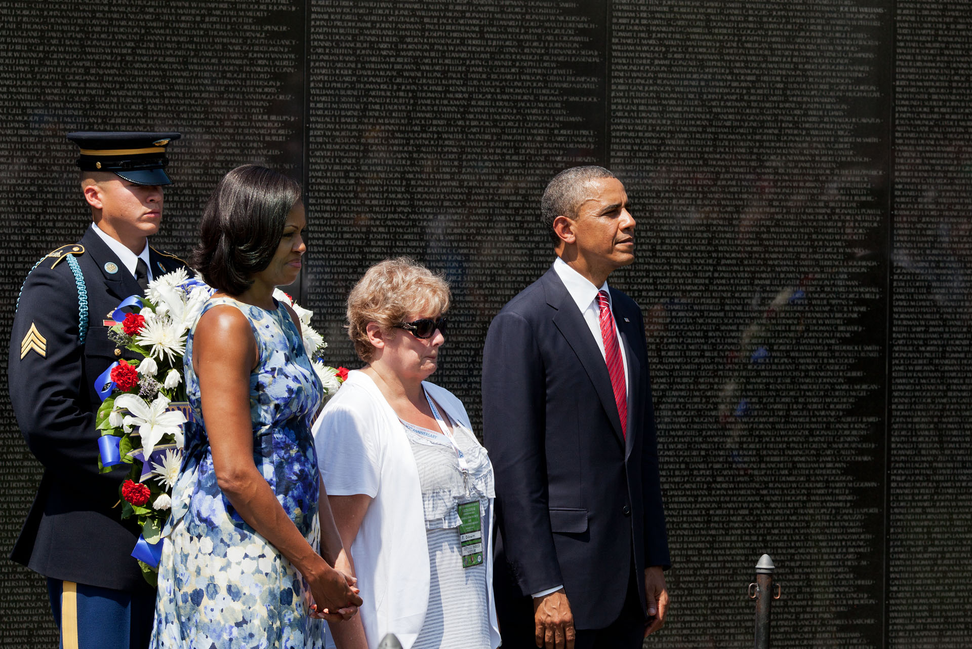President Barack Obama and First Lady Michelle Obama at the Vietnam Veterans Memorial wall (May 28, 2012)