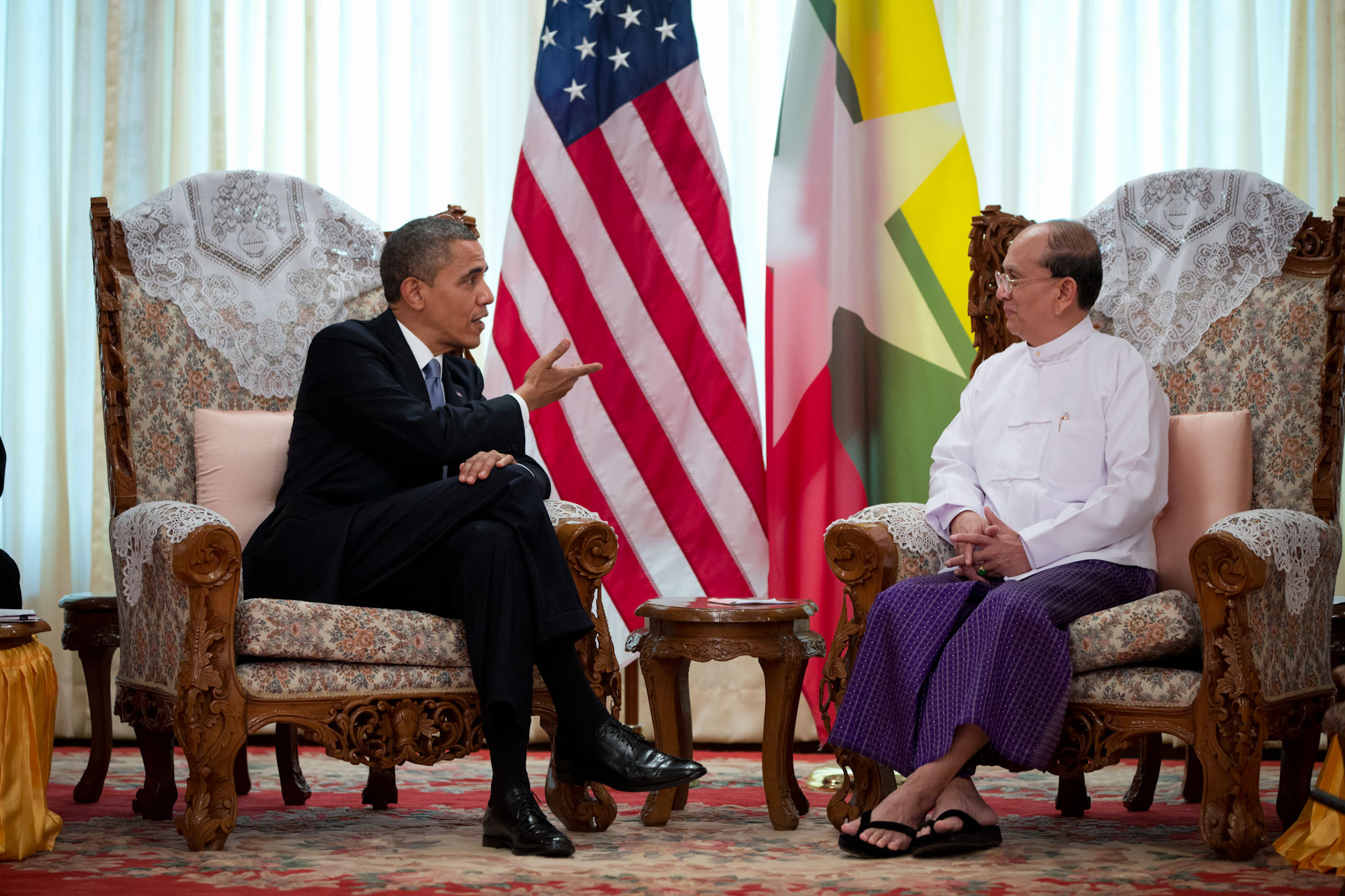 President Barack Obama holds a bilateral meeting with President Thein Sein (November 19, 2012)