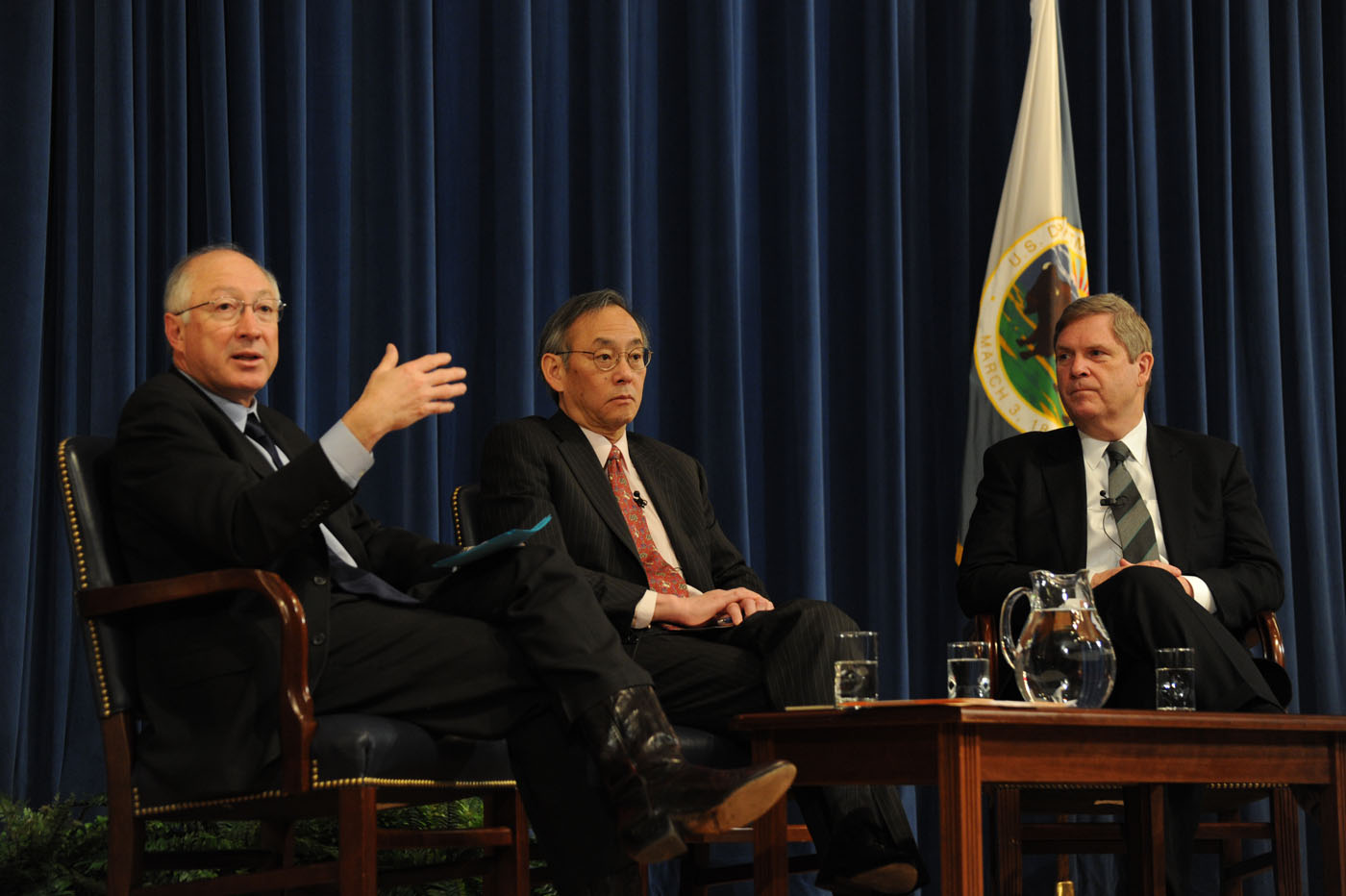 Secretary Salazar, Secretary Chu and Secretary Vilsack at DOI