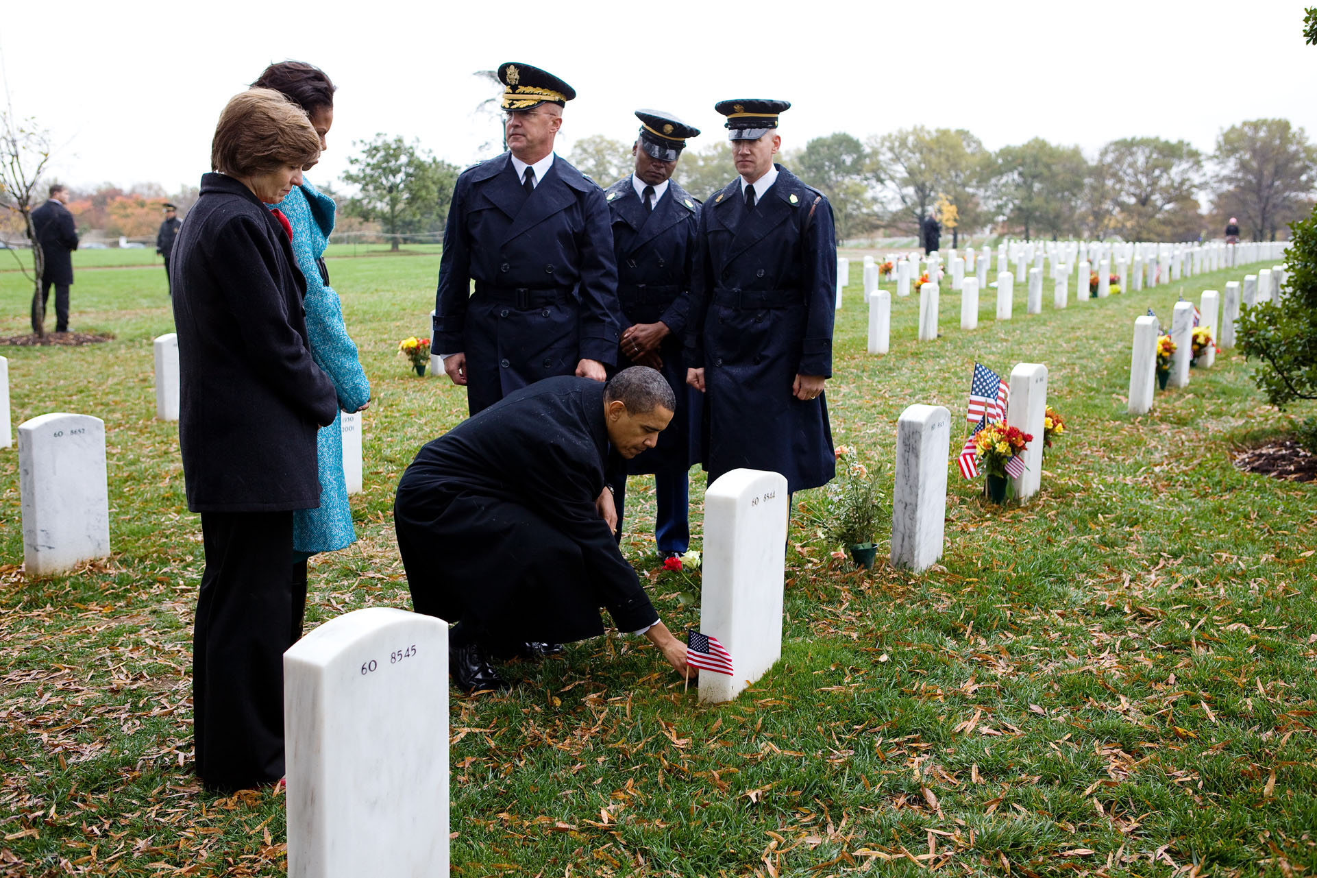 The President Pays Tribute to Those Who Made the Ultimate Sacrifice for their Country