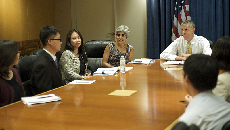 Secretary Duncan meets with DREAM Riders