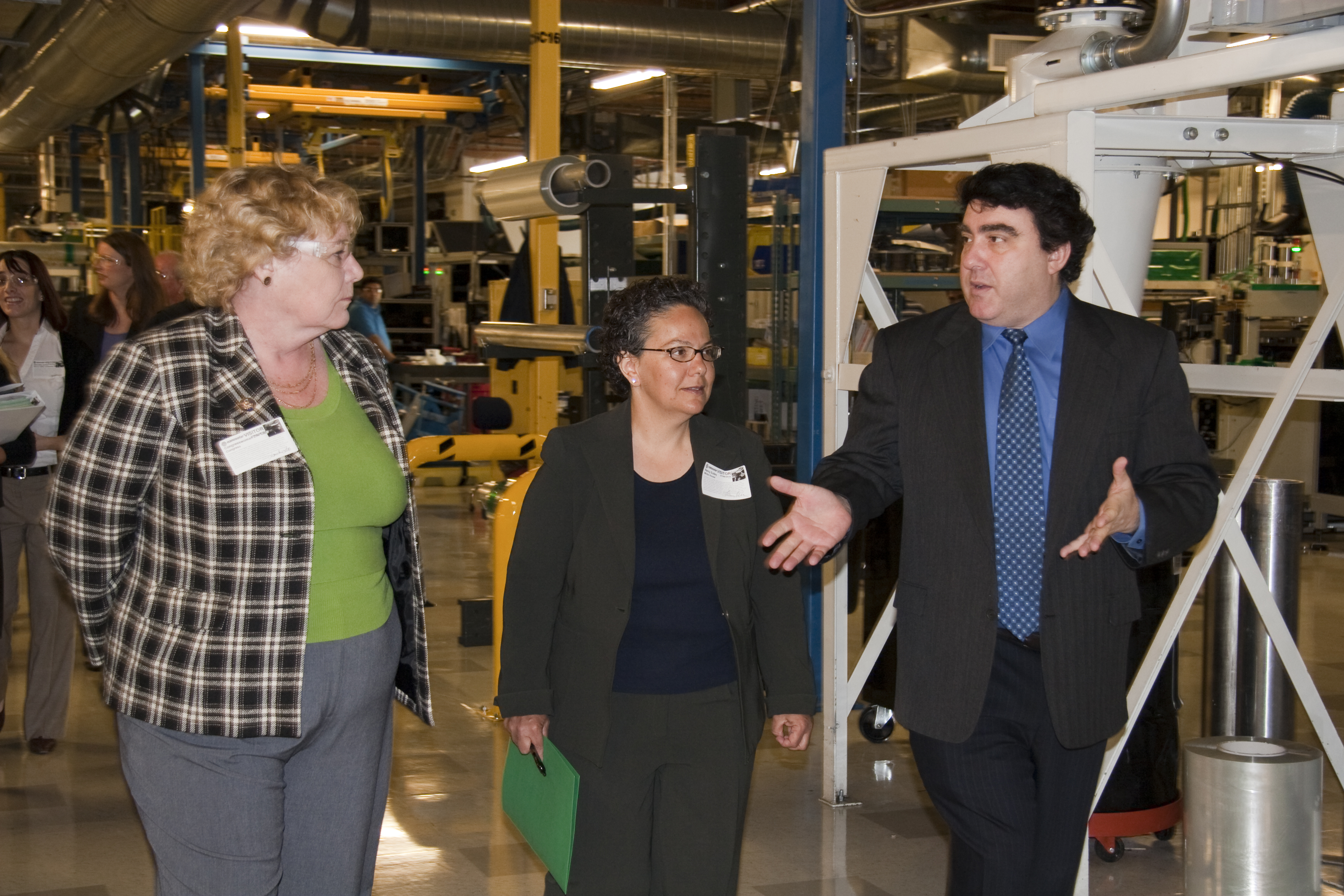 Nancy Sutley Visits Nanosolar