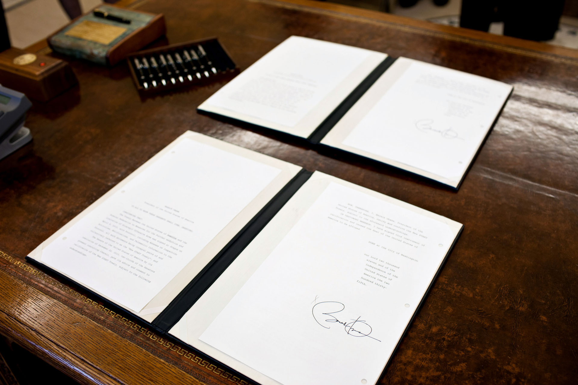 President Obama's Signature on New START Treaty