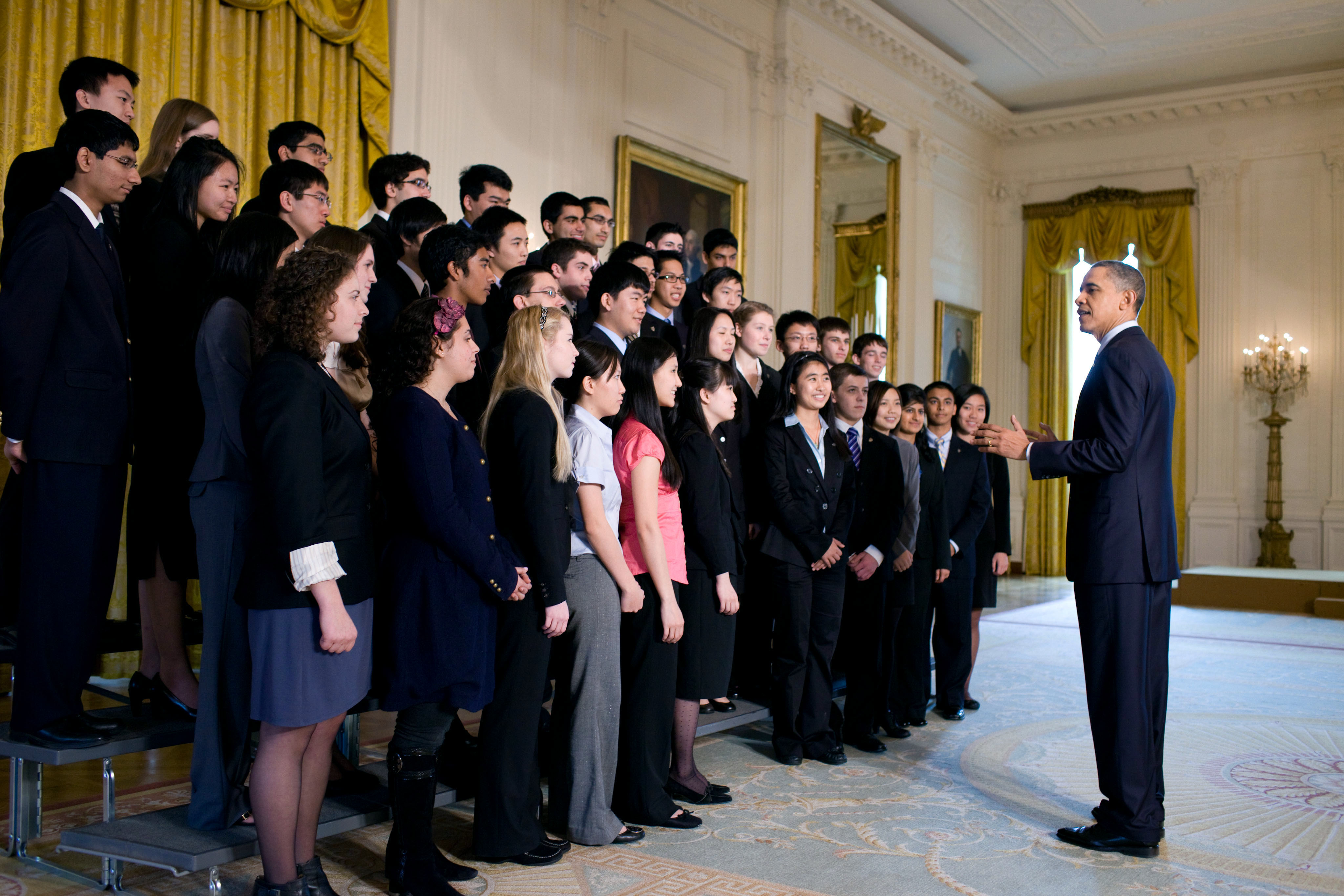 President Barack Obama talks with the 2011 Intel Science Talent Search finalists