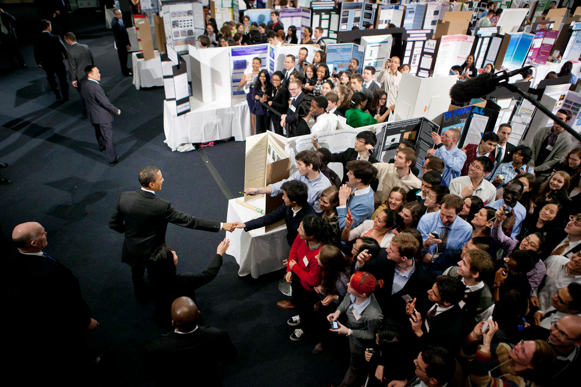 President Barack Obama drops by the New York City Science Fair