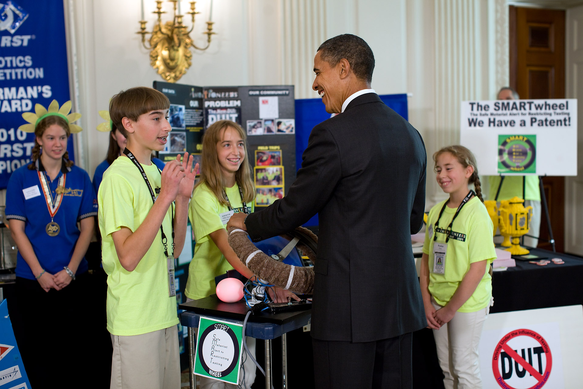 President Obama at WH Science Fair 1