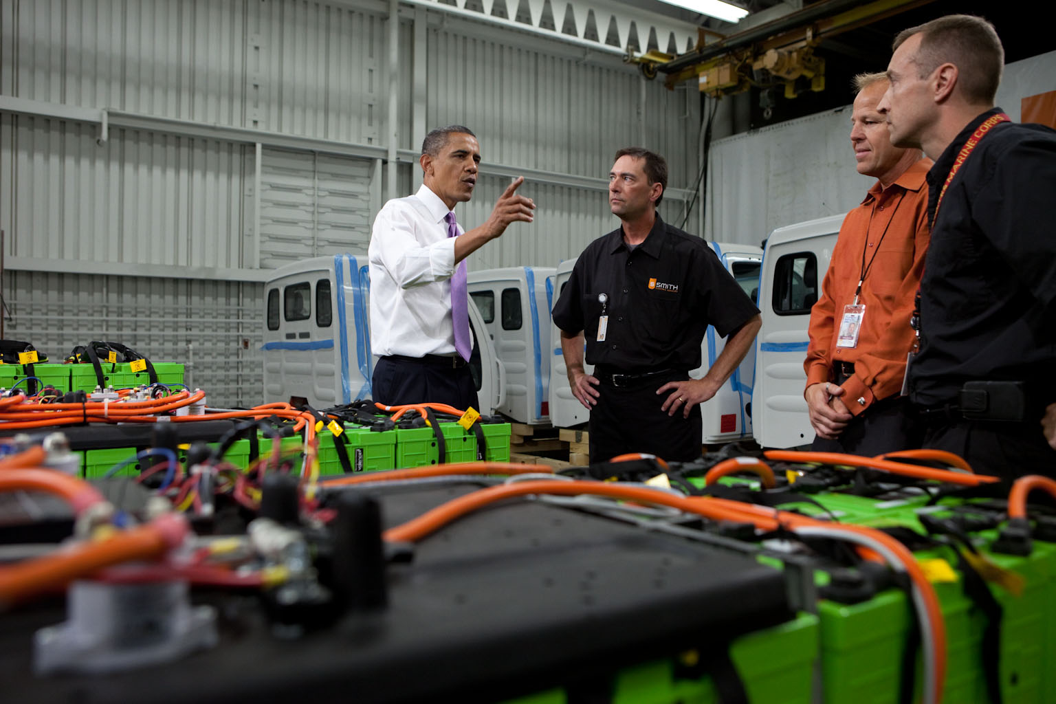 President Barack Obama Looks at Rechargeable Batteries at Smith Electric Vehicles in Kansas City
