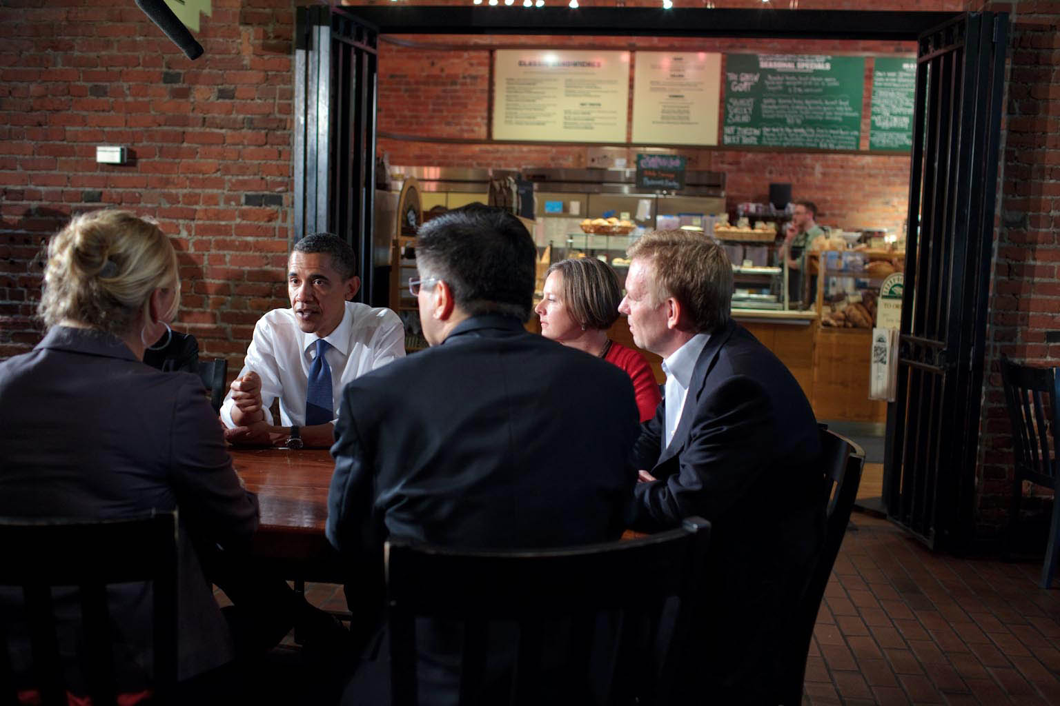 President Barack Obama holds a round table discussion in Seattle 2
