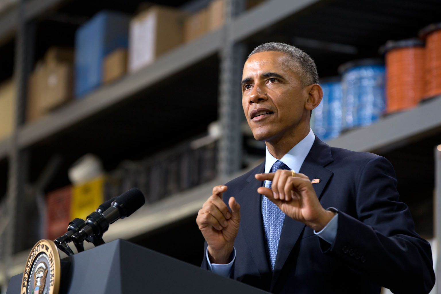 President Obama makes remarks at Cedar Falls Utilities in Cedar Falls, Iowa