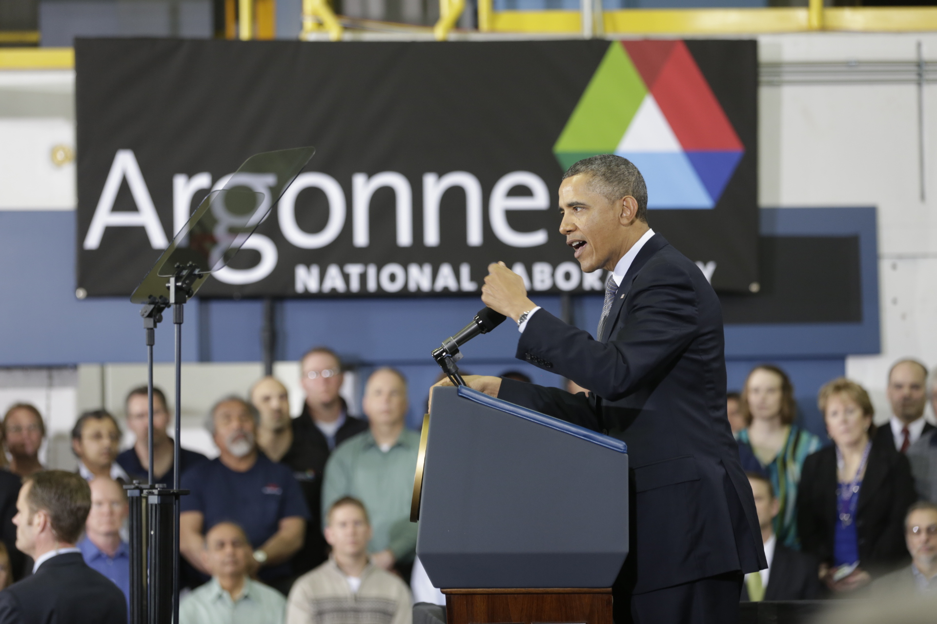 President Barack Obama delivers remarks at Argonne National Laboratory, March 15, 2013.