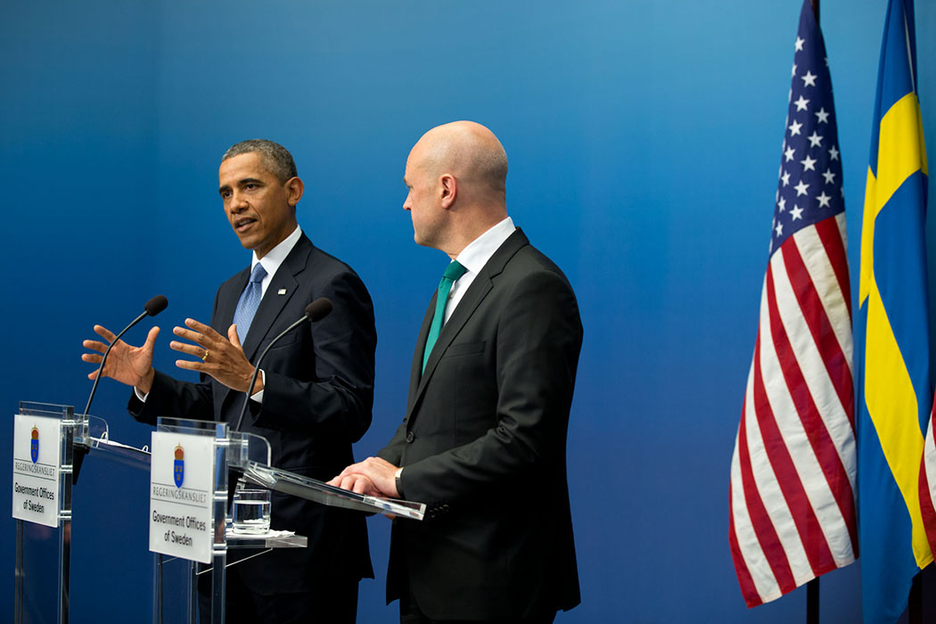 President Barack Obama and Swedish Prime Minister Fredrik Reinfeldt participate in a joint press conference