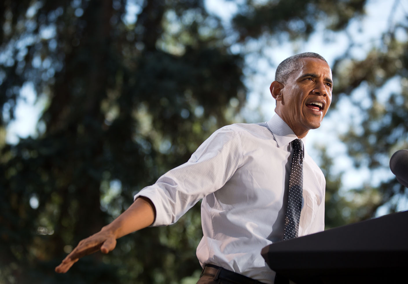 President Obama makes remarks on the economy at Cheesman Park in Denver, Colorado (2)