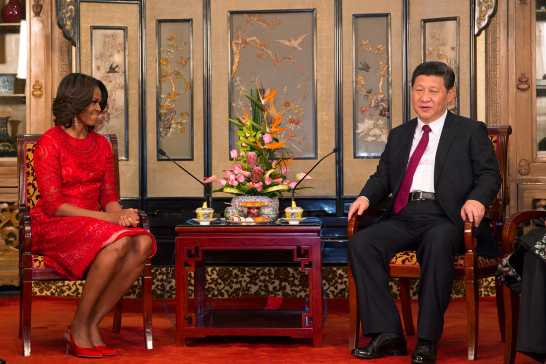 First Lady Michelle Obama meets with President Xi Jinping of the People's Republic of China at the Diaoyutai State Guesthouse in Beijing, China