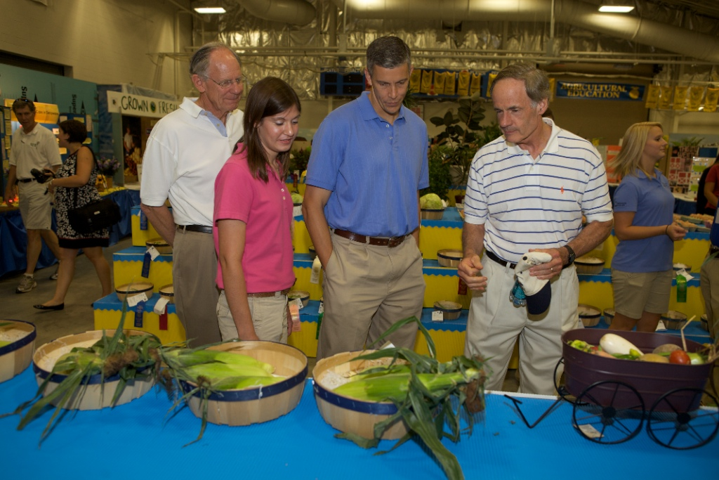 Secretary Arne Duncan at the Delaware State Fair