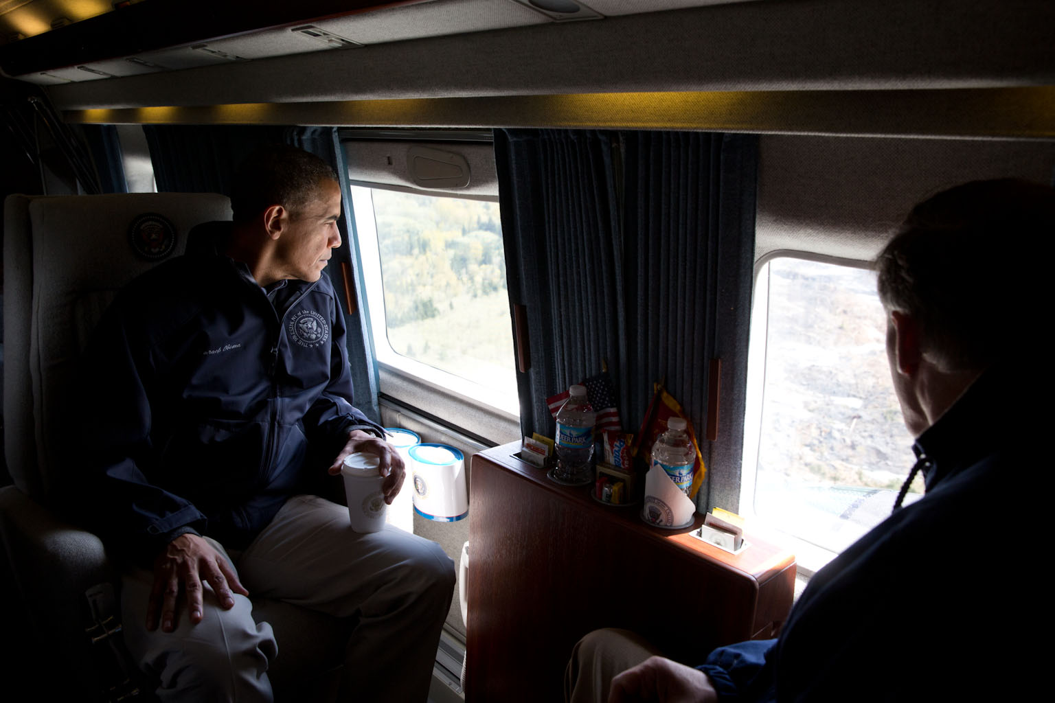 President Barack Obama and Washington Gov. Jay Inslee view the mudslide damage from Marine One, in Oso, Wash