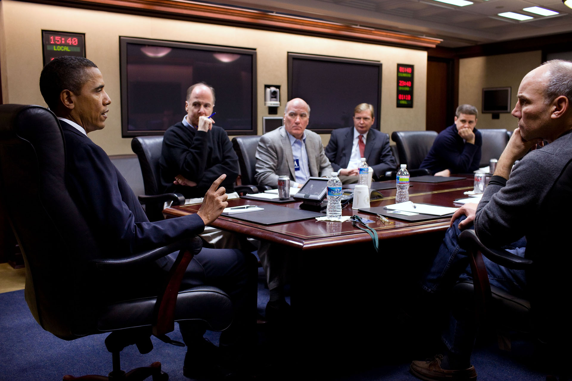 The President Discusses the Tucson, Arizona Shootings in the Situation Room