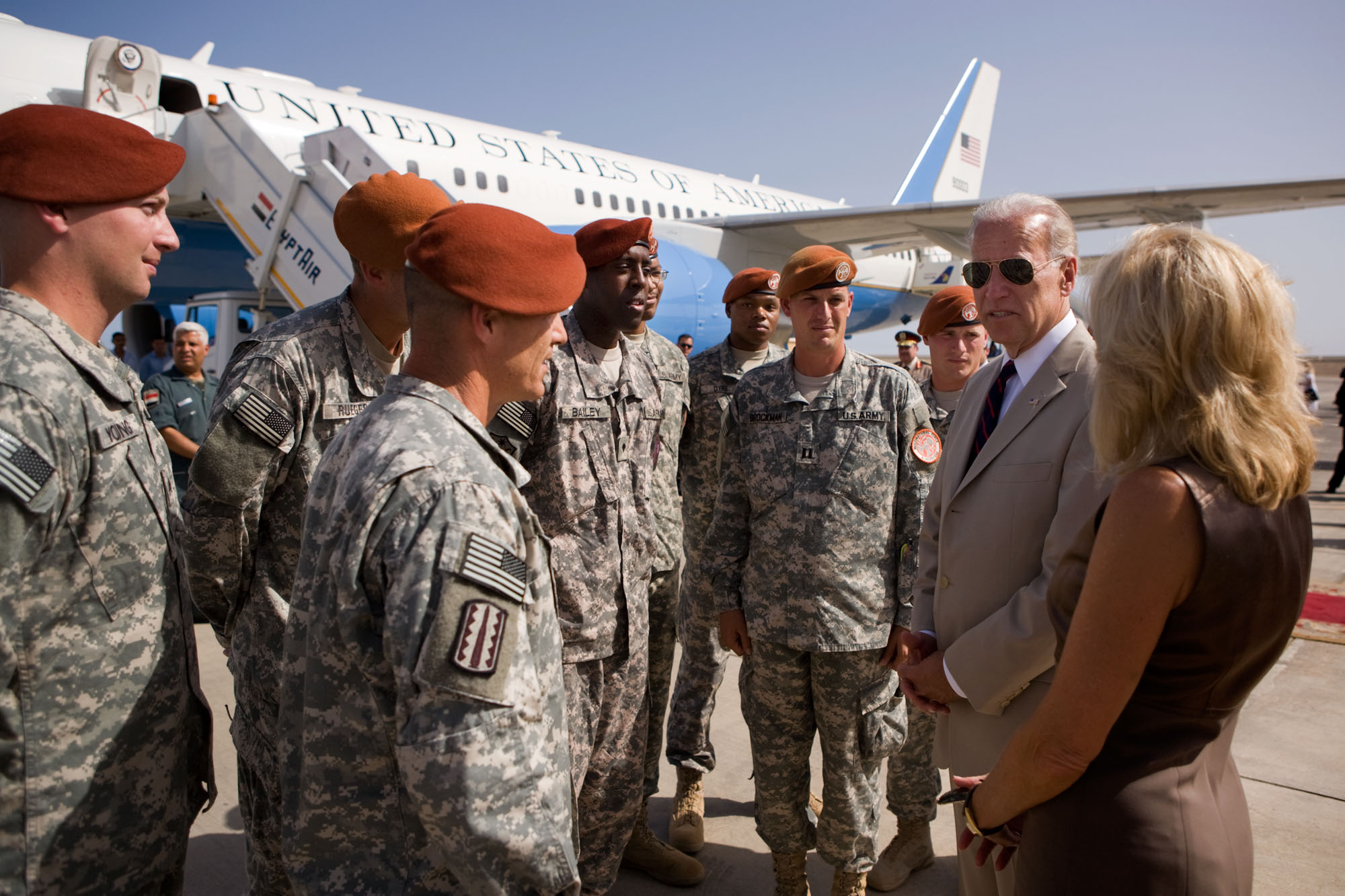 Vice President Joe Biden and Dr. Jill Biden Meet with U.S. Army Soldiers at the airport in Sharm El Sheikh, Egypt