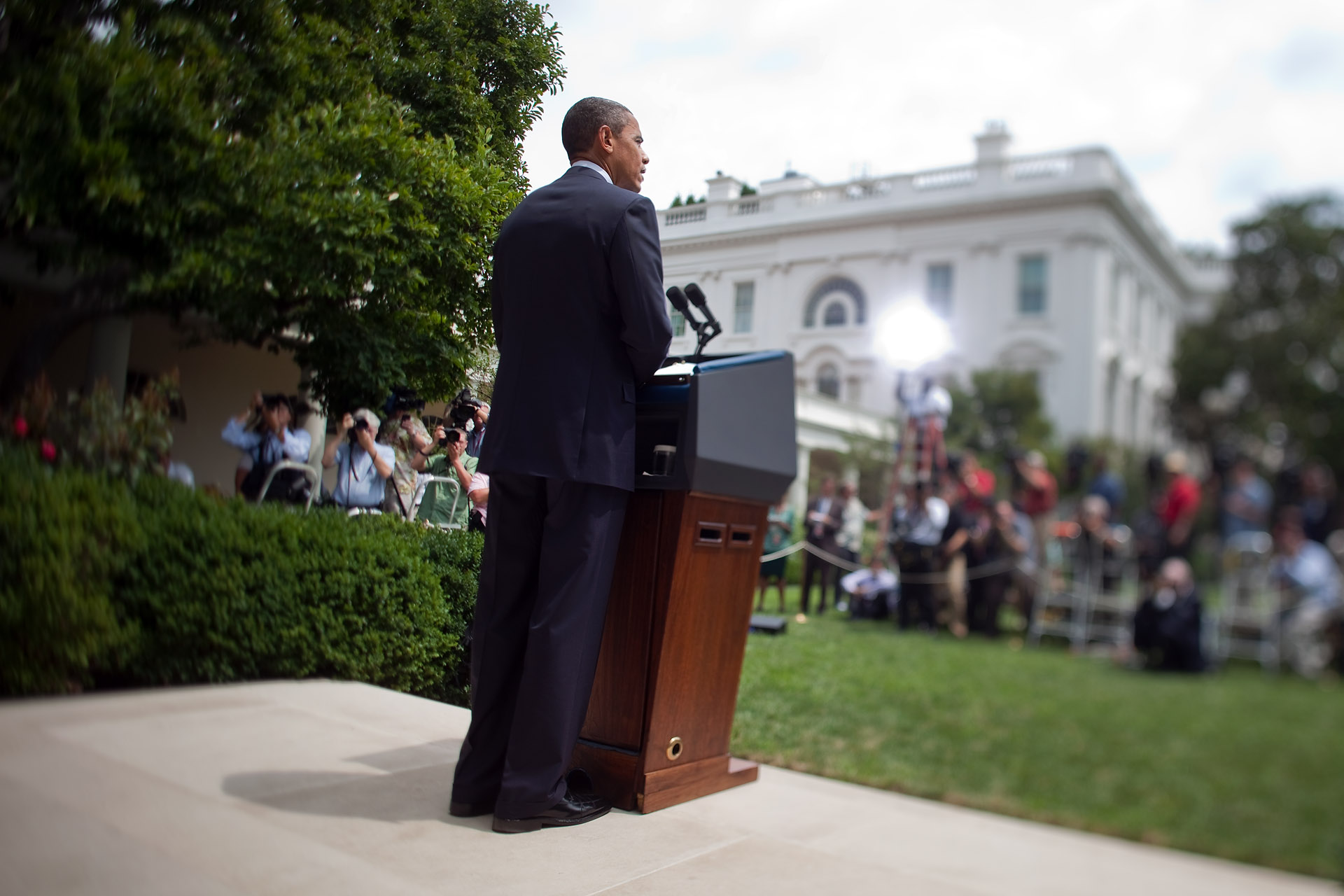 President Barack Obama speaks to the Media in the Rose Garden Following his Meeting with Bipartisan Members of Congress