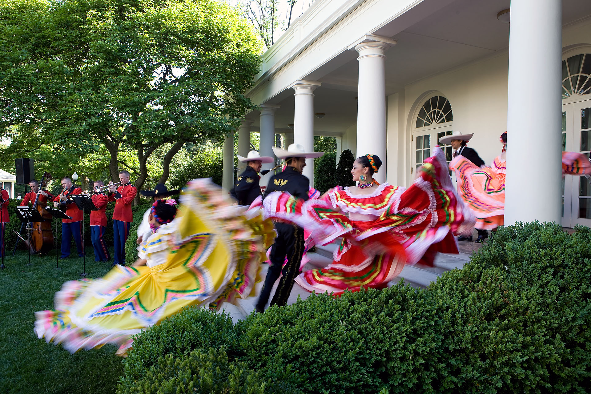 Cinco de Mayo Dancers on the Steps