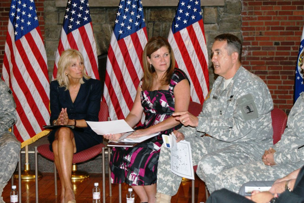 Dr. Biden Meets with Missouri National Guard Members