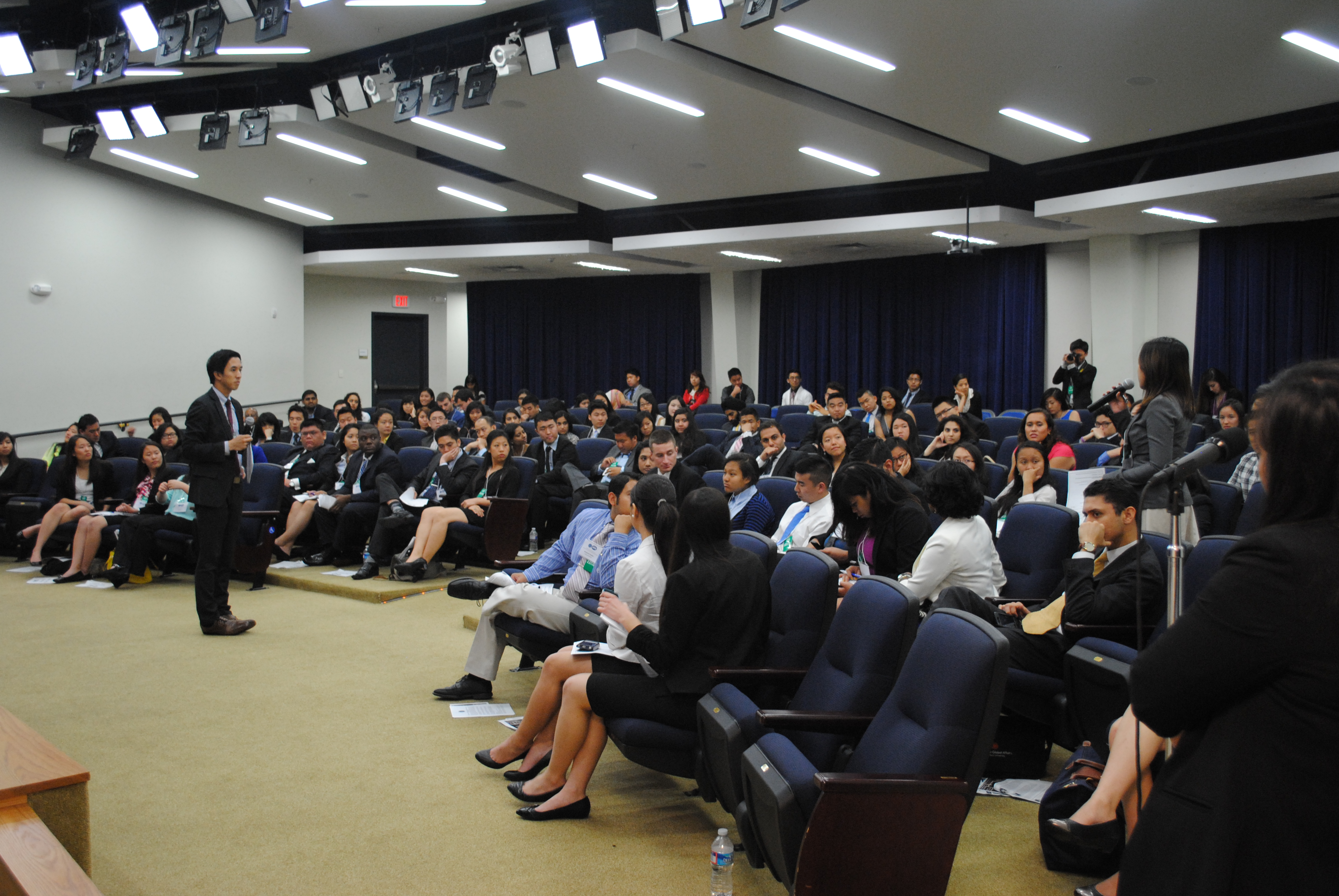 Jason Tengco talks with audience at WH AAPI Youth Forum