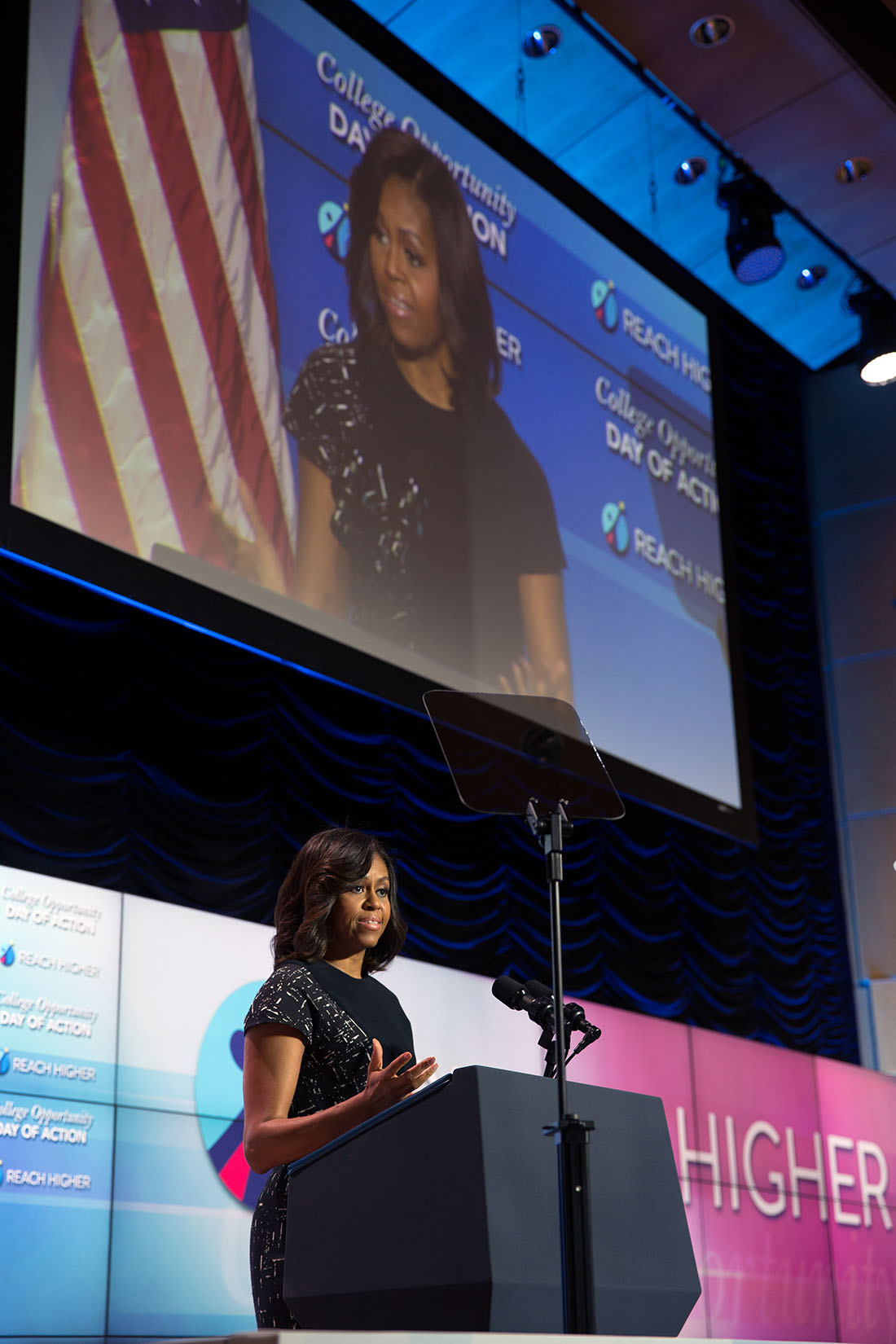 The First Lady Addresses the College Summit