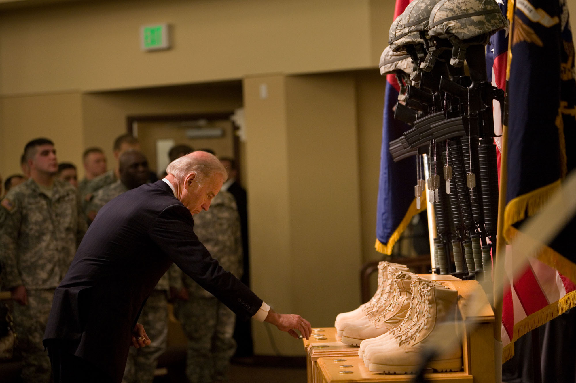 Vice President Places Coins at Fort Lewis