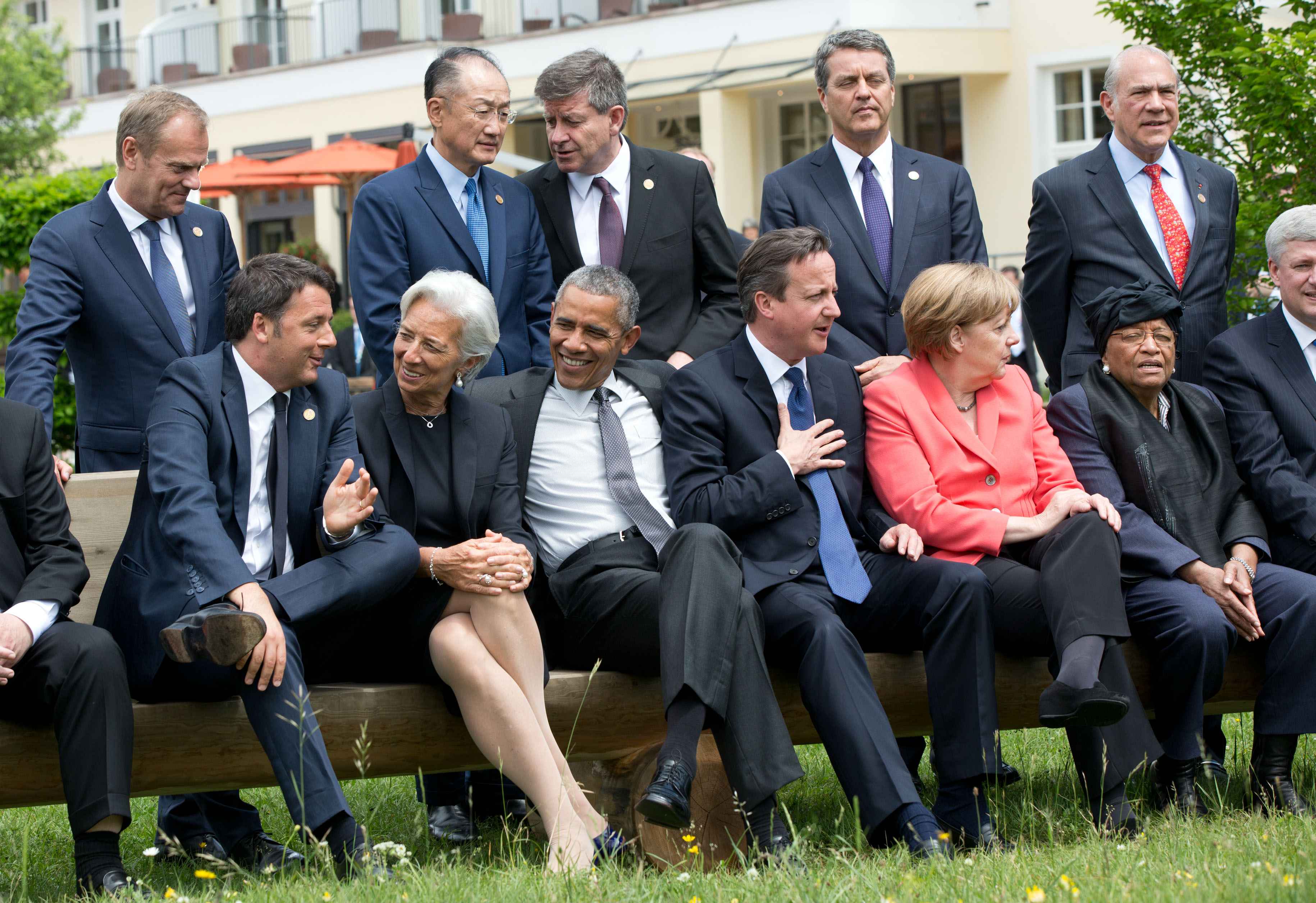 G7 leaders sit for a group photo
