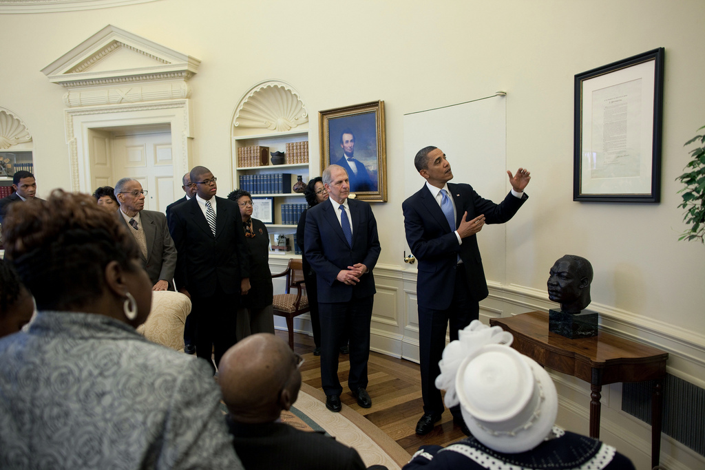 The Emancipation Proclamation in the Oval Office