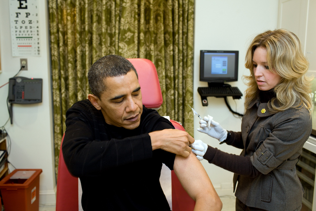 The President Gets His H1N1 Flu Shot