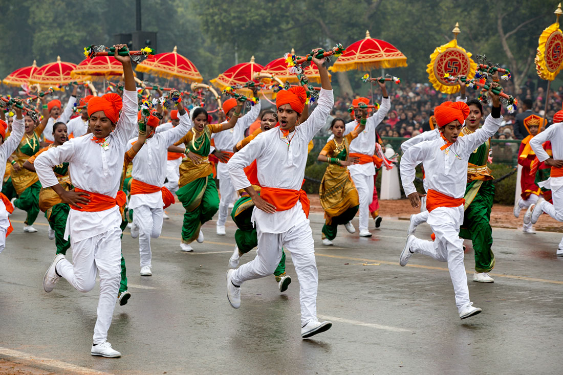 President Obama Views Indian Dancers in Republic Day Parade