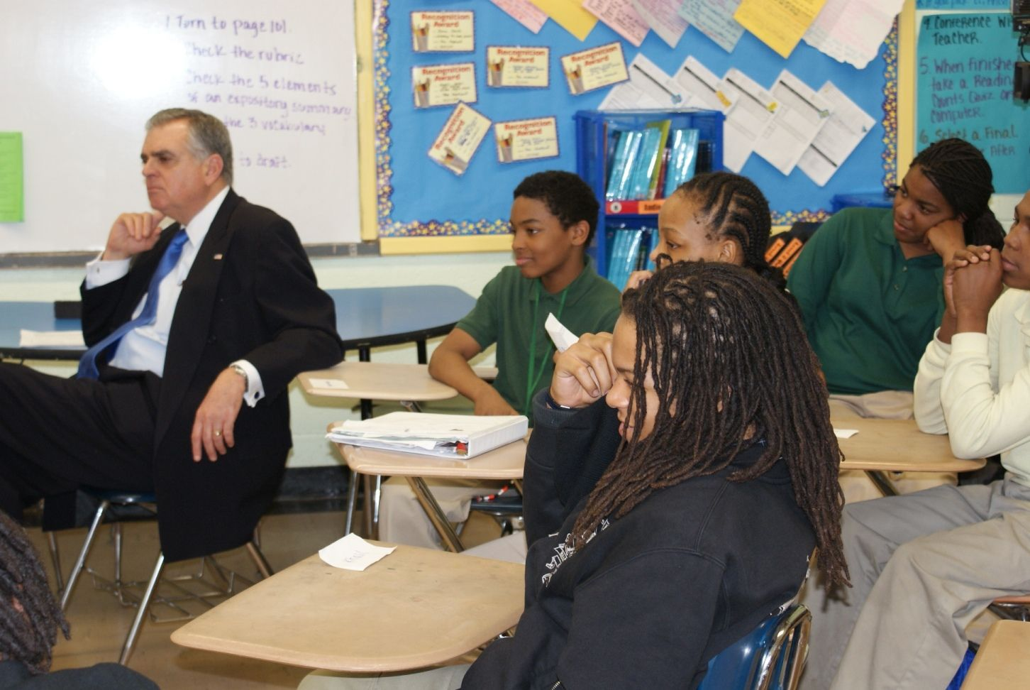 Secretary LaHood Takes Part in Teach For America Week: Listening