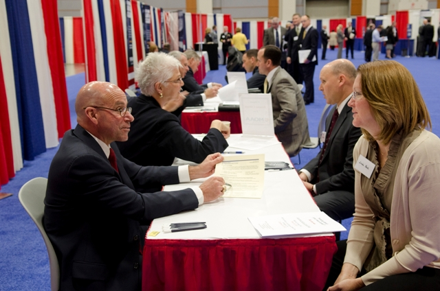 Resume Review: Service Members, Vets and Spouses at the MOAA Career Fair