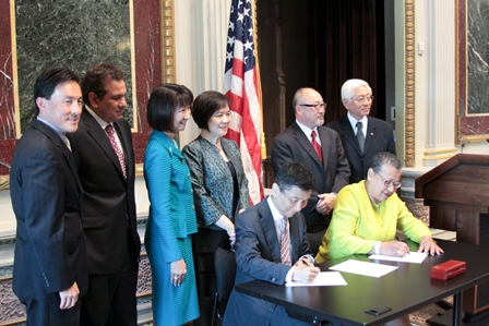 SBA Signs MoU with Asian Pacific American Chambger of Commerce