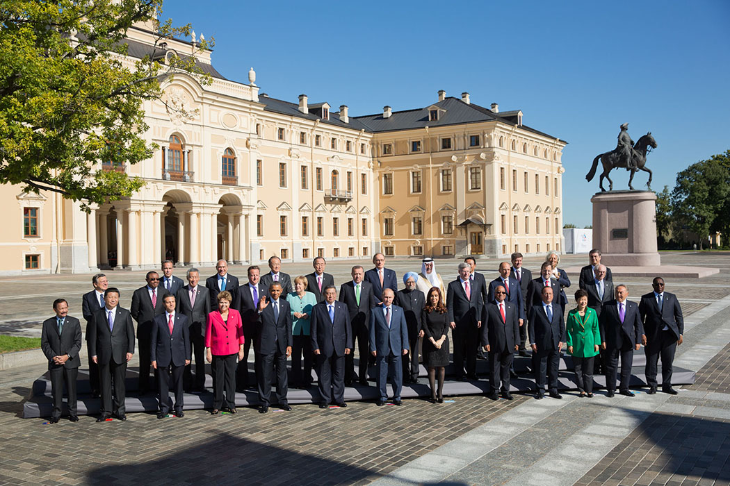 President Barack Obama stands with leaders for the group photo at the G-20 summit