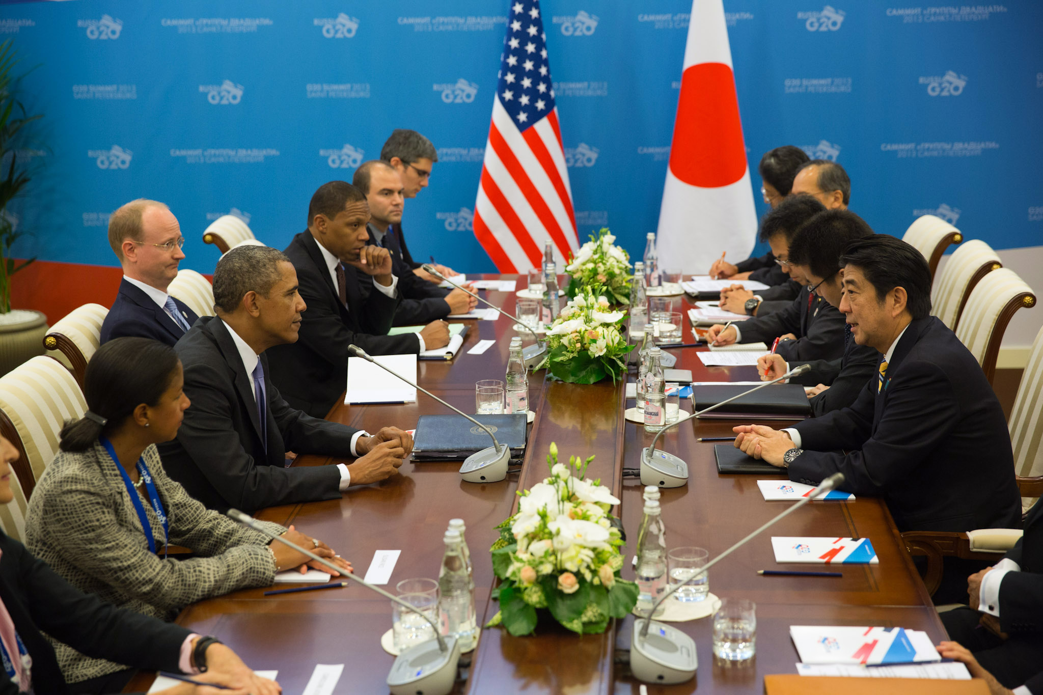 President Barack Obama, left, and Japan's Prime Minister Shinzo Abe, right, during their bilateral meeting at the G20 Summit