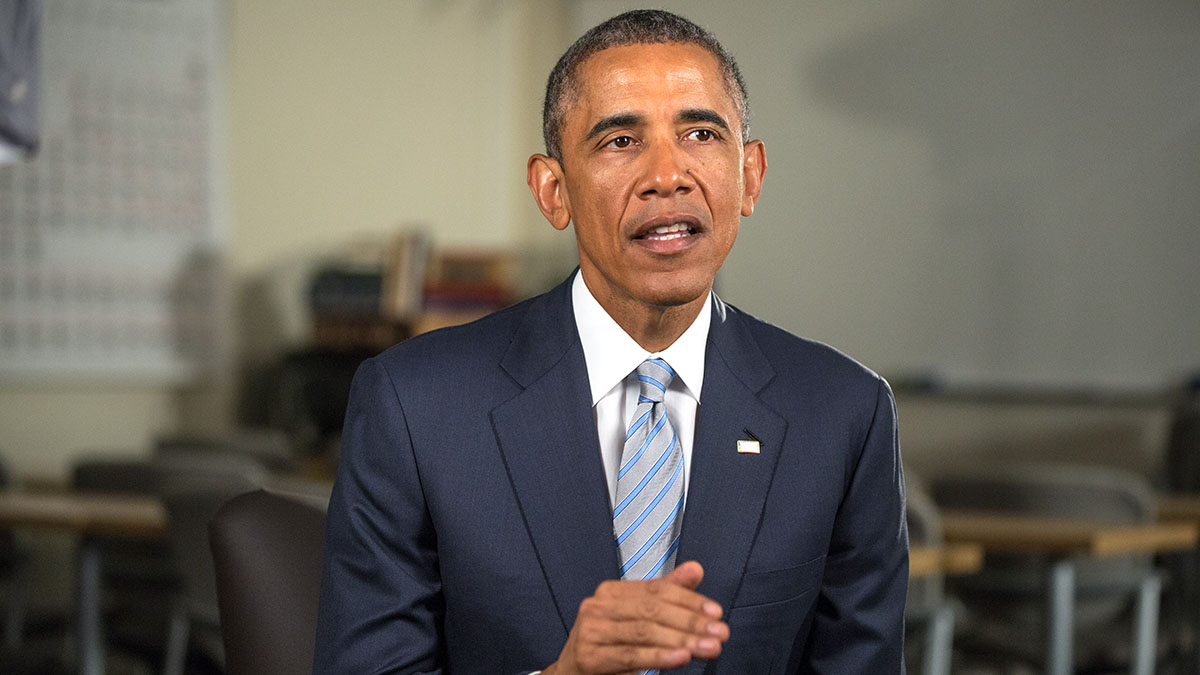 President Barack Obama tapes the Weekly Address at Pellissippi State Community College
